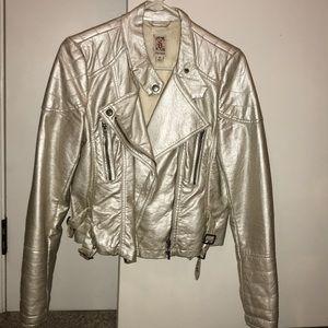 Decree Metallic Jacket